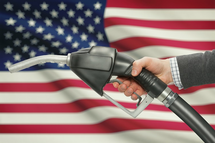 US oil falls by 14%