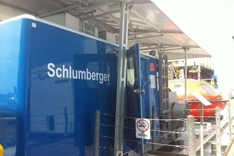 Schlumberger's stock prices see huge drop, future remains hopeful