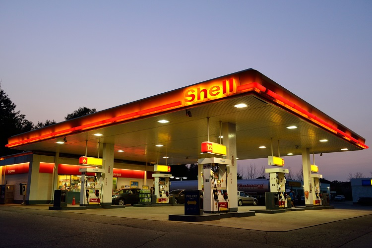 """Shell must fall"", climate activists declare"