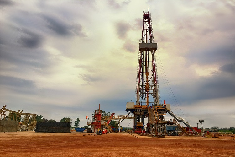 Largest land rig contract ever awarded