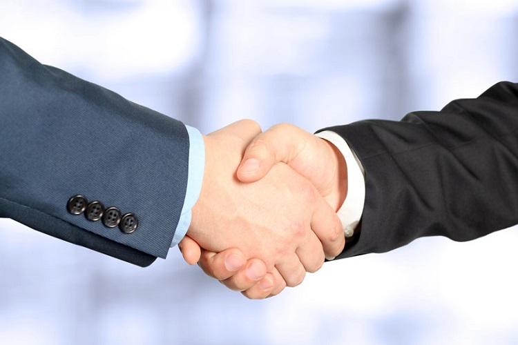 UK's Ensco to acquire Rowan