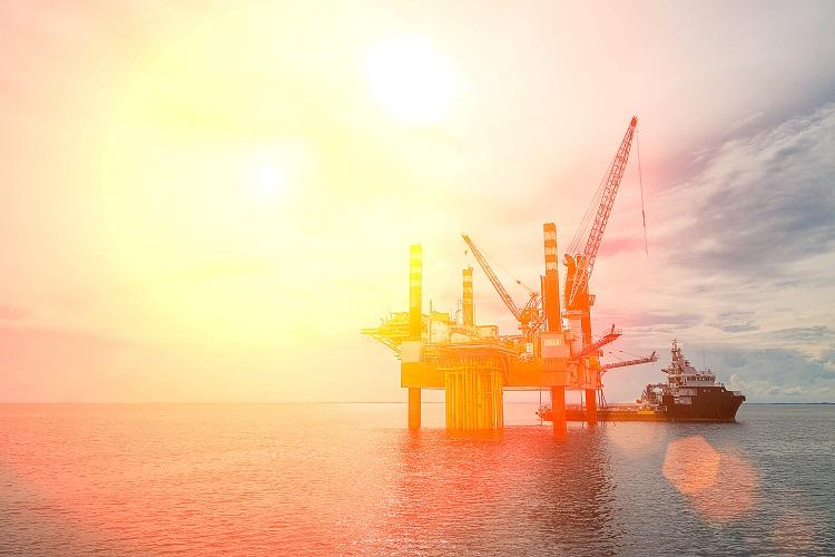 Chevron begins evacuating Gulf of Mexico oil platforms