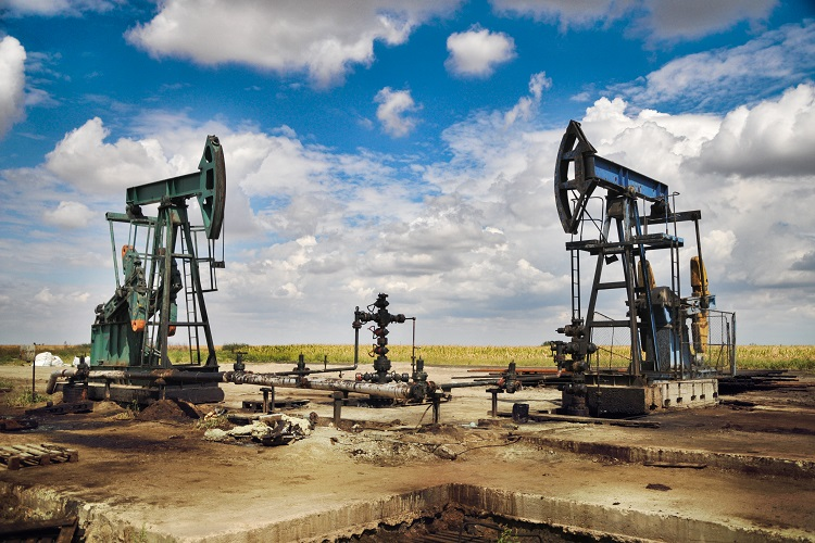 Oil hits $70, two-month high, like Europe, US reopen economies