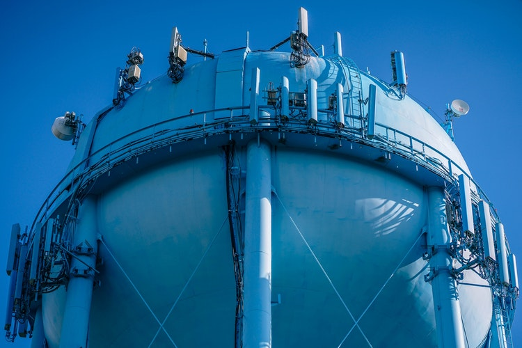 Petronas and Cheniere enter 20-year gas supply deal