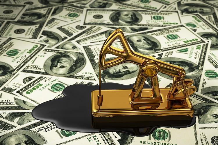 US crude inventories undergo major downturn, oil prices increase