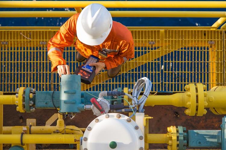 Iranian crude oil import decreases