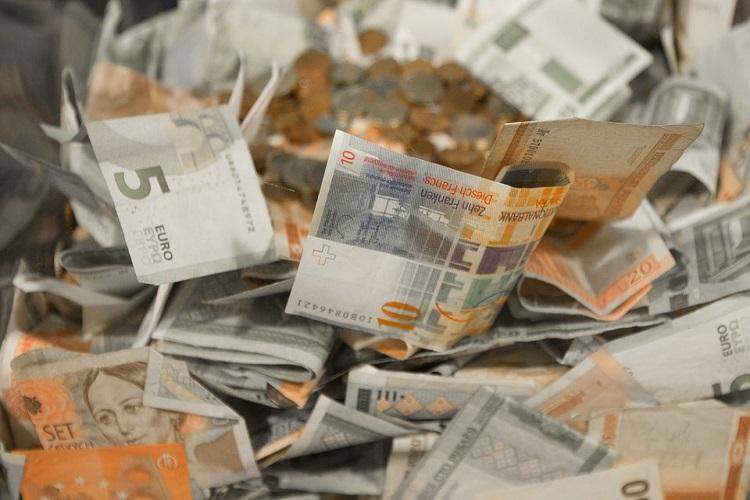Sinopec suffers 21% profit drop on crude prices
