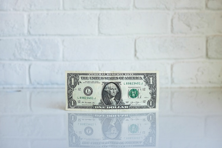 US-dollars crash, oil prices plunge