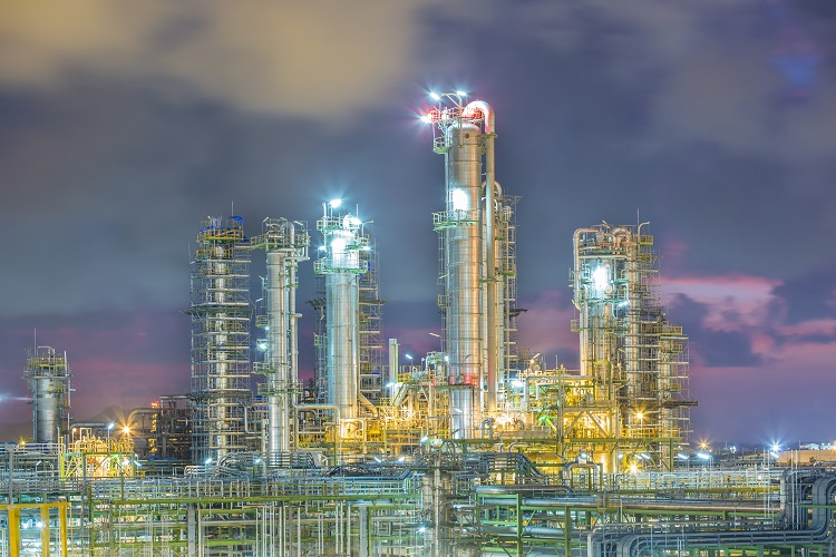 Largest refinery in Mexico returns to operation