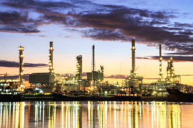 Australian refining industry looks for Government aid.