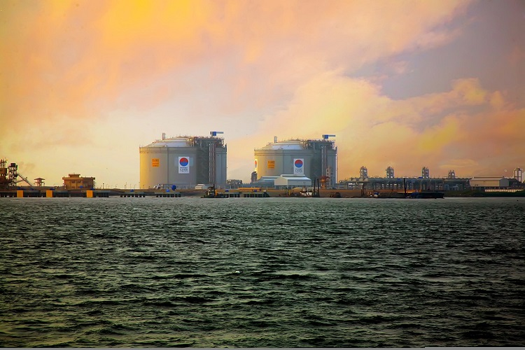 Bangladesh planning to build an LNG terminal
