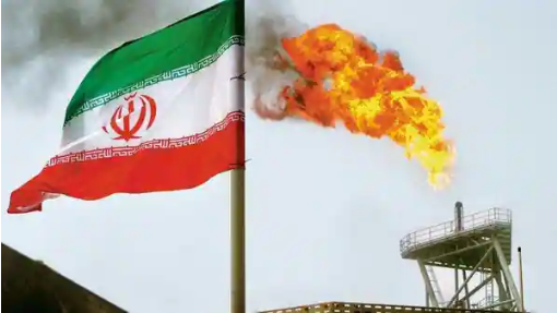 Iran taps old Asian oil customers while eying return of exports