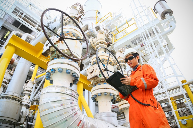 ONGC moves offshore drilling rigs with Aqualis' help